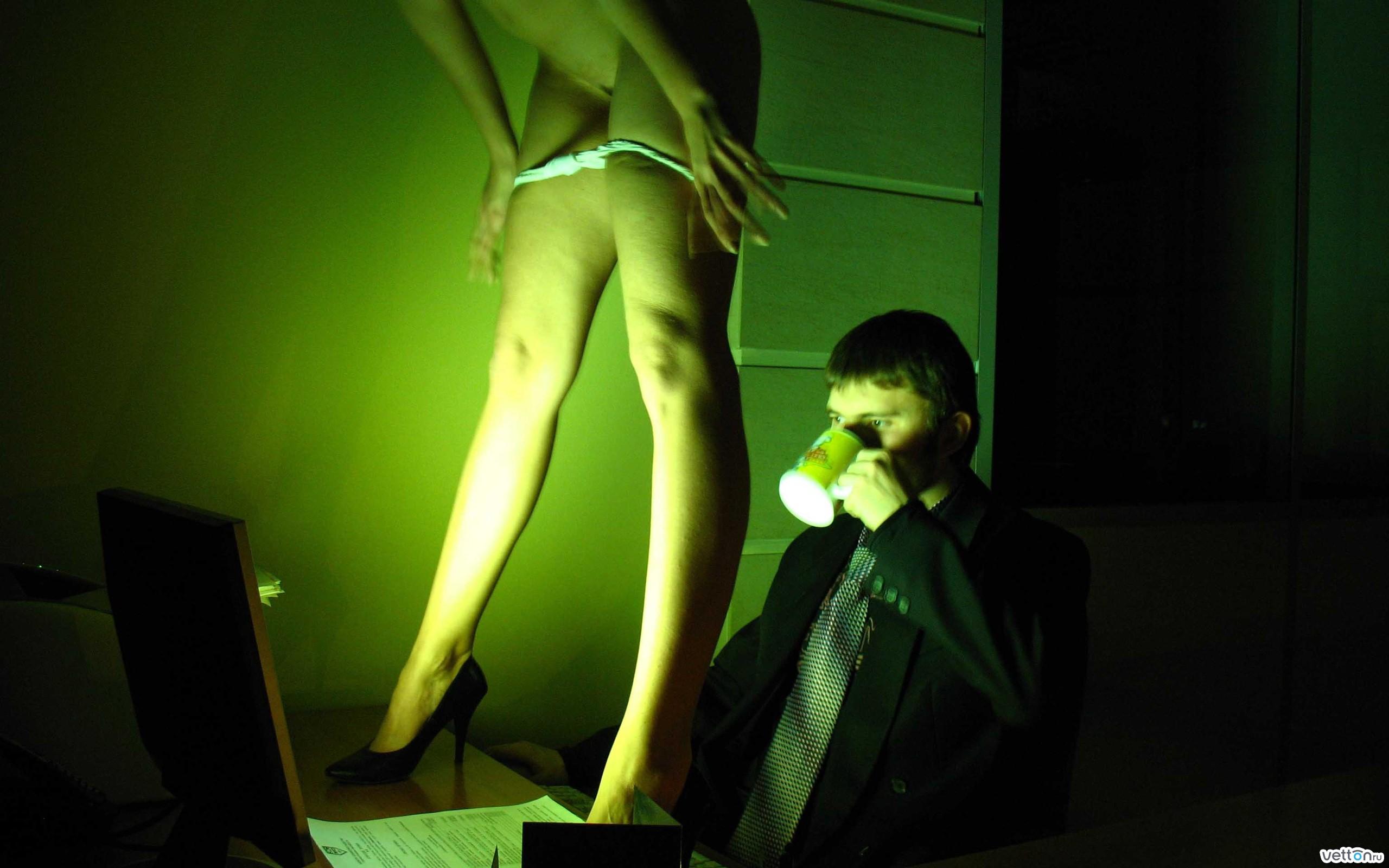 Смотреть как парень трется об лоси девушки онлайн 18 фотография