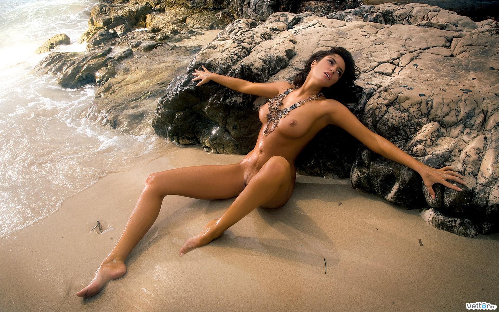 Фото голые тела девушек 24 фотография