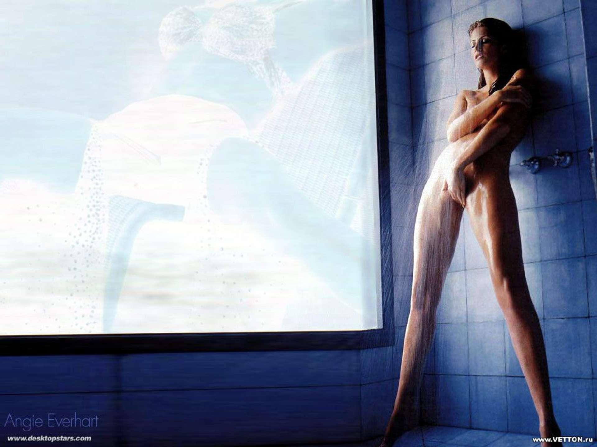 Смотреть девушки в душе 6 фотография