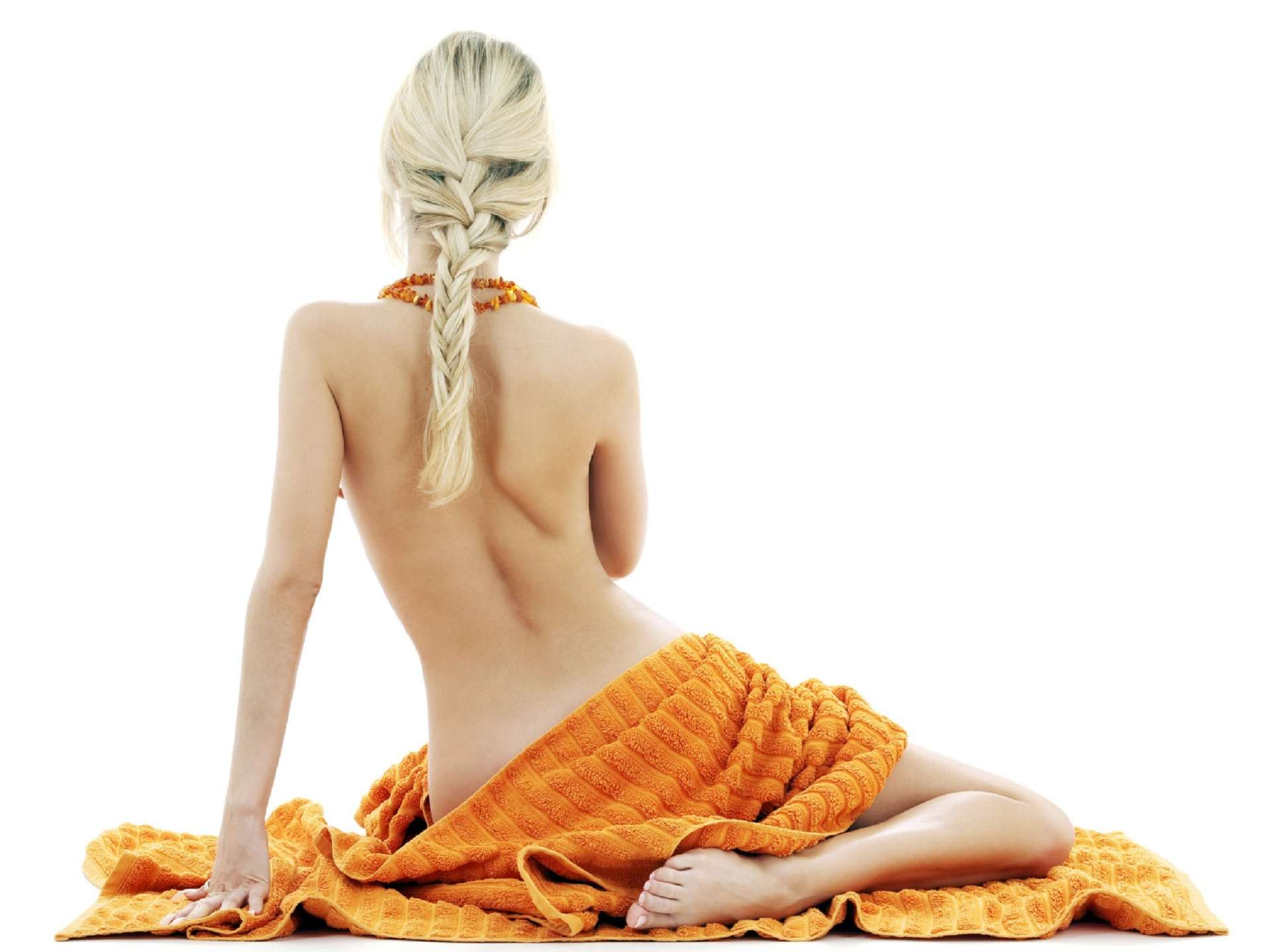 Увеличение груди через надрезы по соск