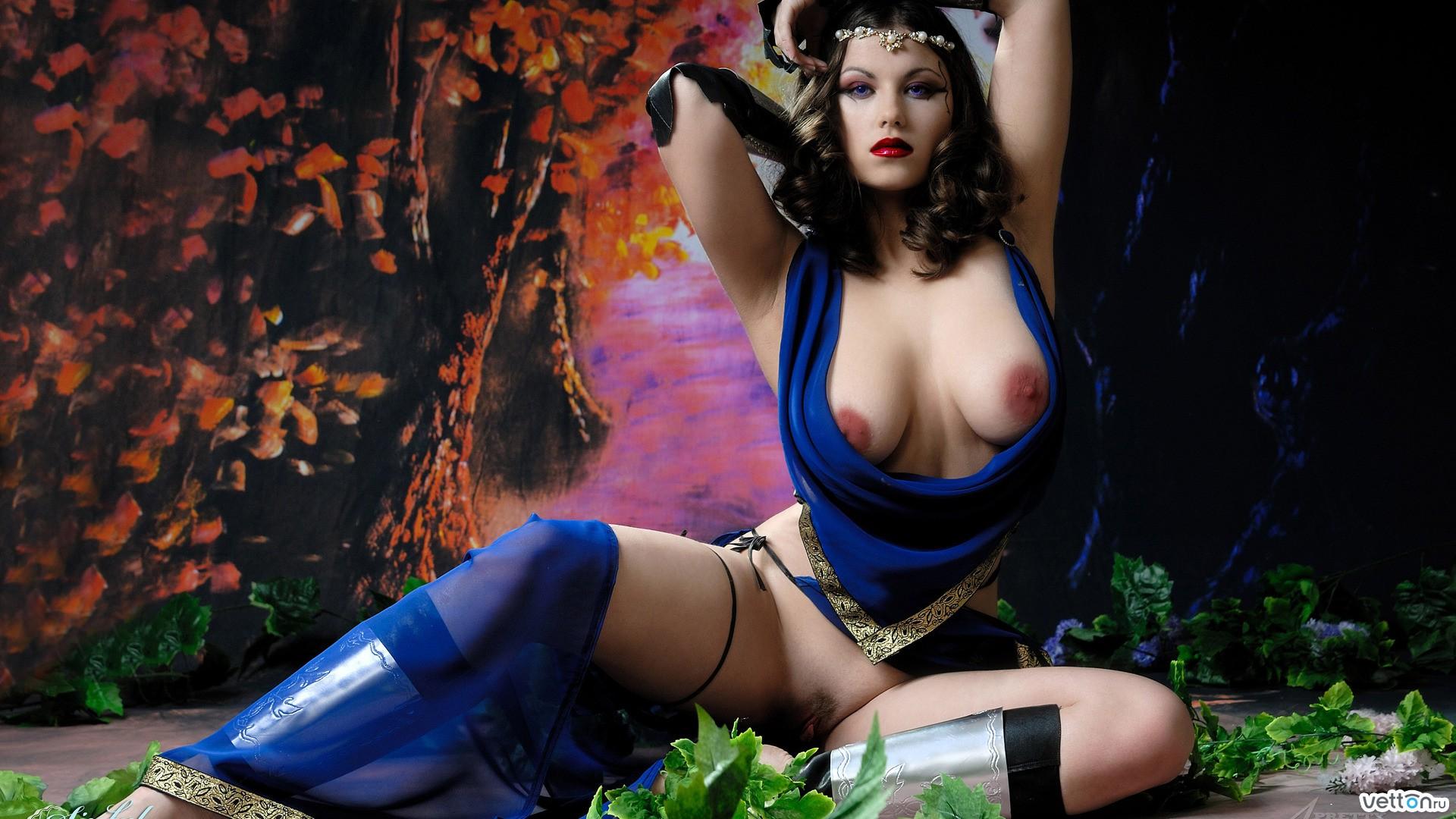 foto-devushek-v-eroticheskih-igr