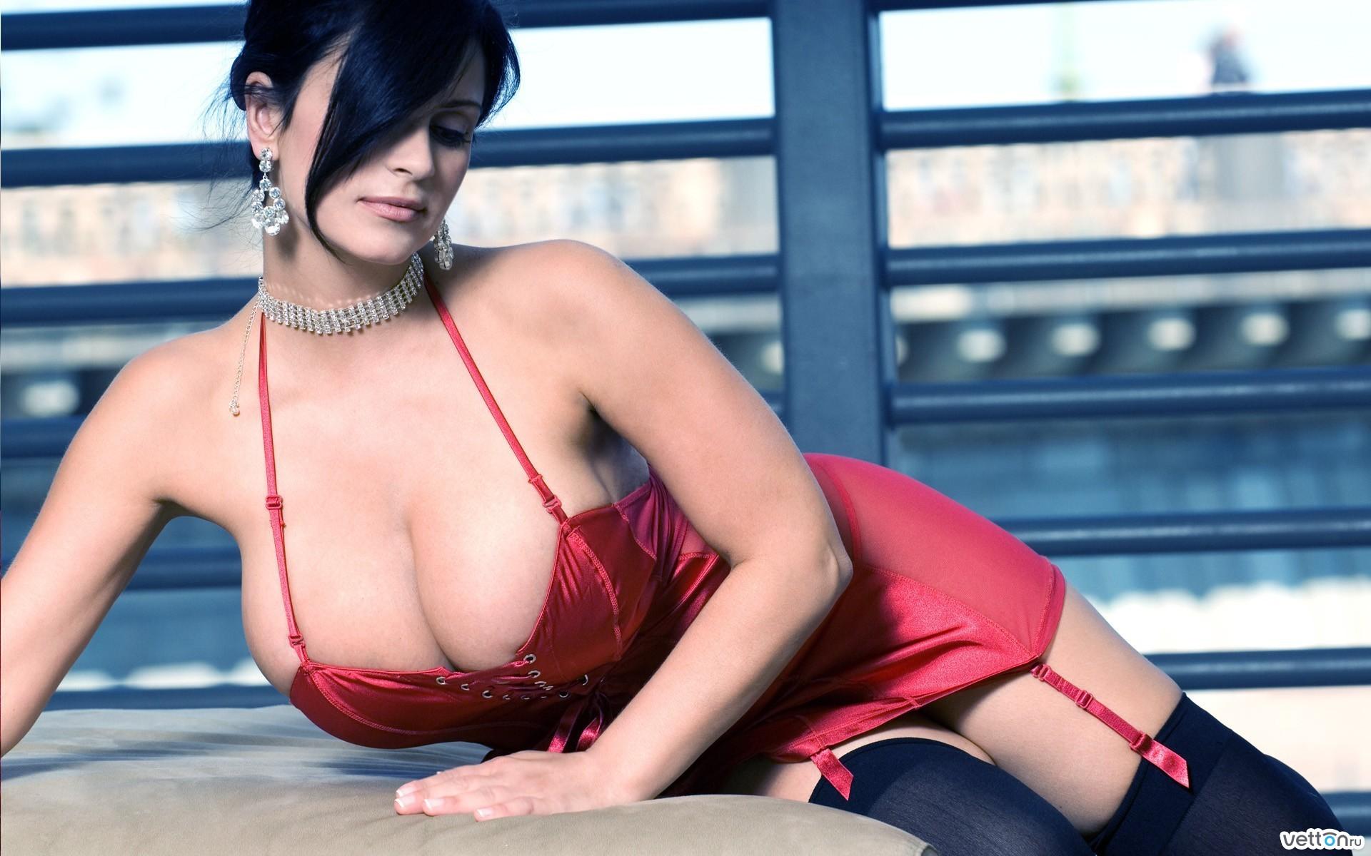 Русская девочка с большой грудью эротика 24 фотография