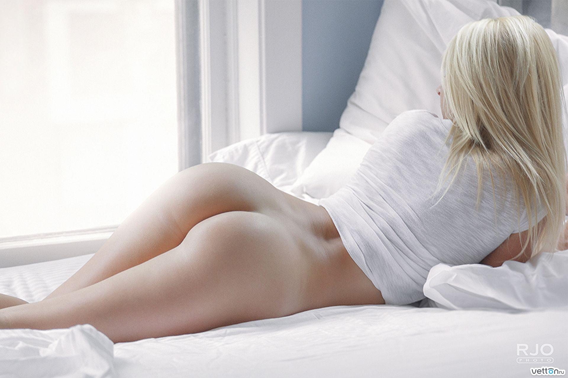 Фото голых красивых девушек в постели 16 фотография